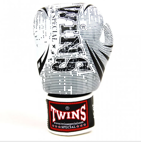 FANCY BOXING GLOVES SIGNATURE DESIGN REAL LEATHER 160z