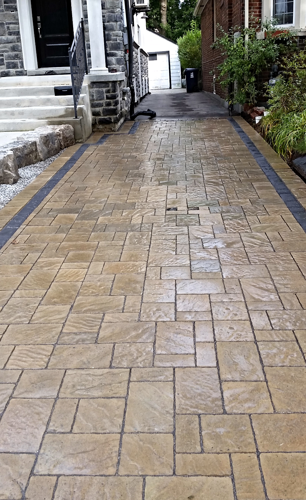 driveway interlocking installation