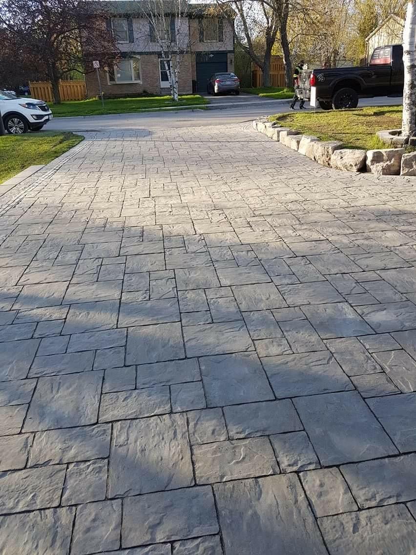 interlocking driveway landscaping