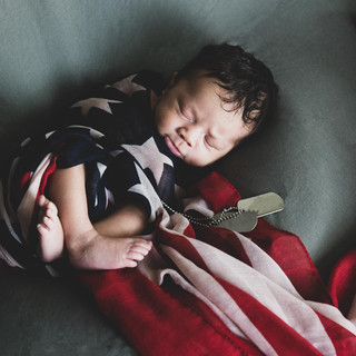 Natural Newborn Baby In-Home Lifestyle F