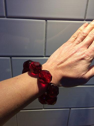Large Beaded Bracelet Cut Red