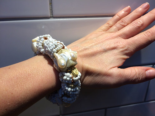 White Wood, Bead and Mother of Pearl Bracelet