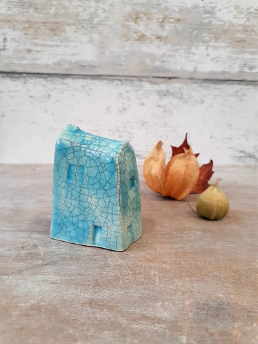 Ceri White Ceramics - Wee House Crackle Turquoise