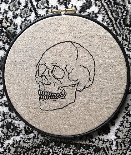 Gem Travers - Skull on Linen, Embroidery on 238gsm Linen