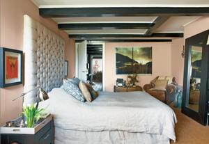 Setting Plaster bedroom