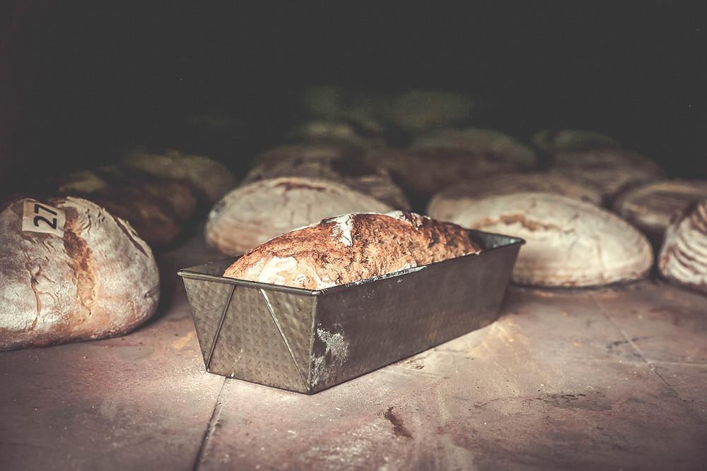Brot im Holzofen selbst backen