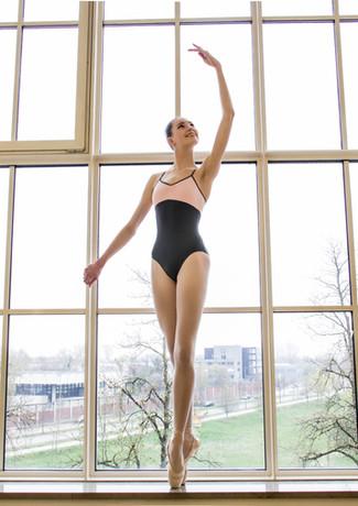 Eine Ballerina im Glaspalast Augsburg