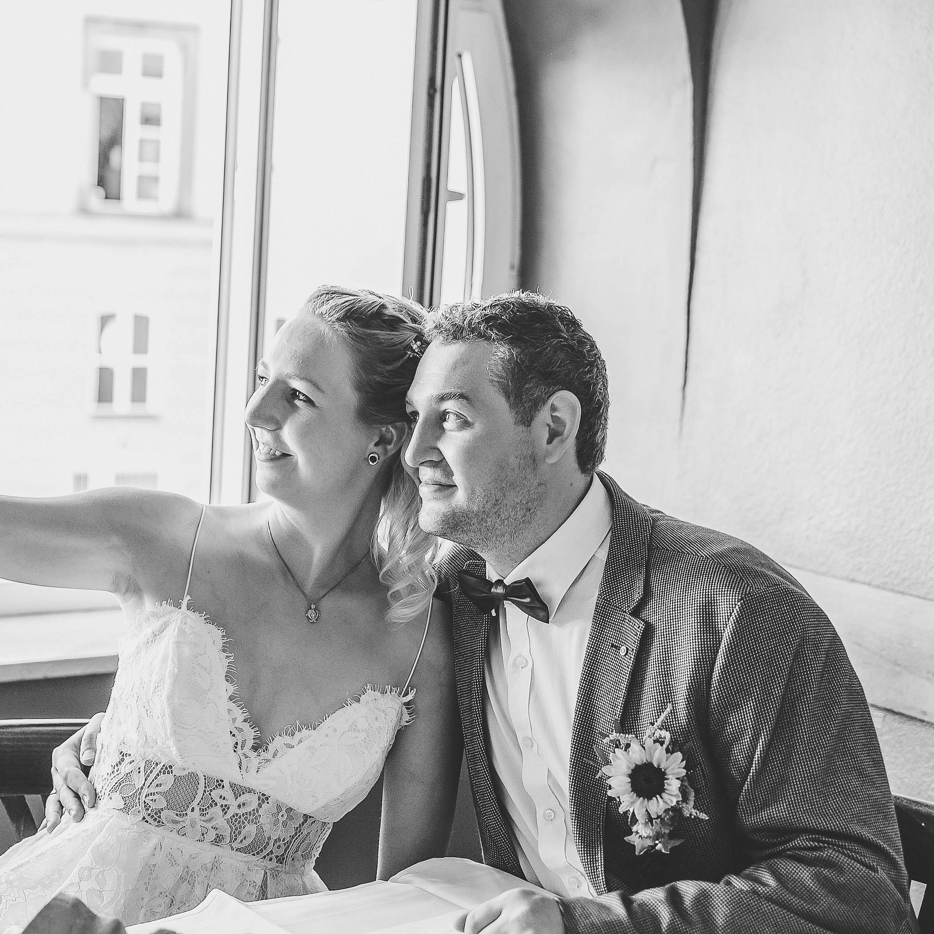 Brautpaar Selfie Annabelle und Tom