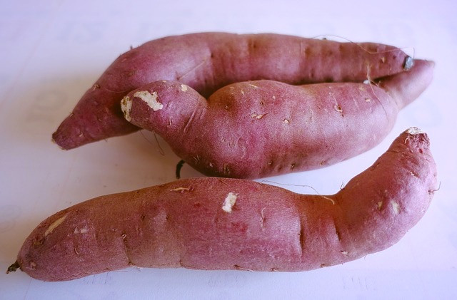 Unpeeled sweet potatoes