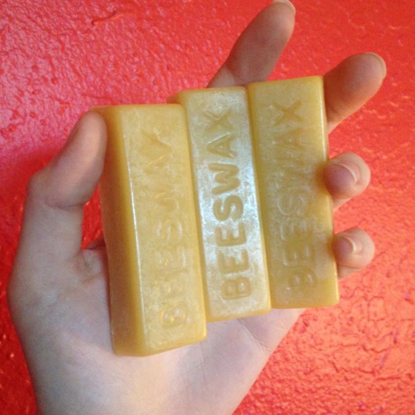 1oz Beeswax blocks