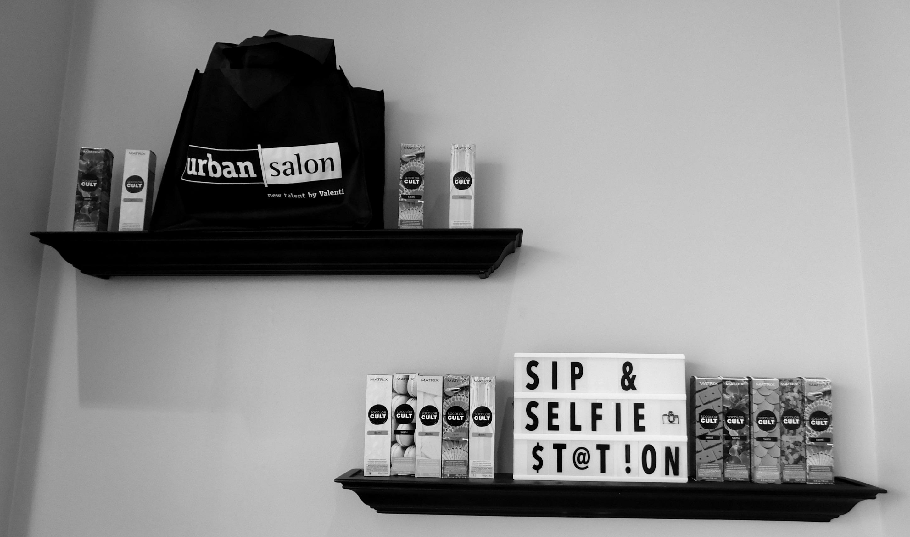 Sip & Selfie Shelves