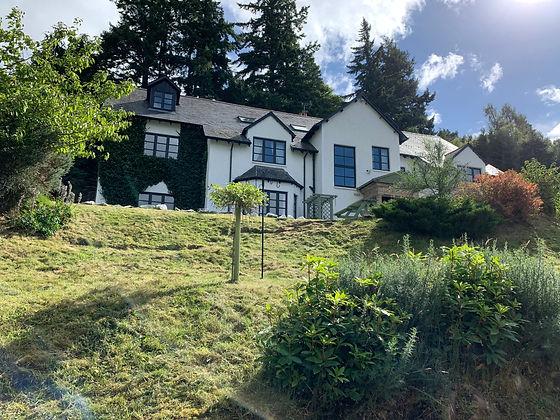 Craigdarroch Inn exterior view