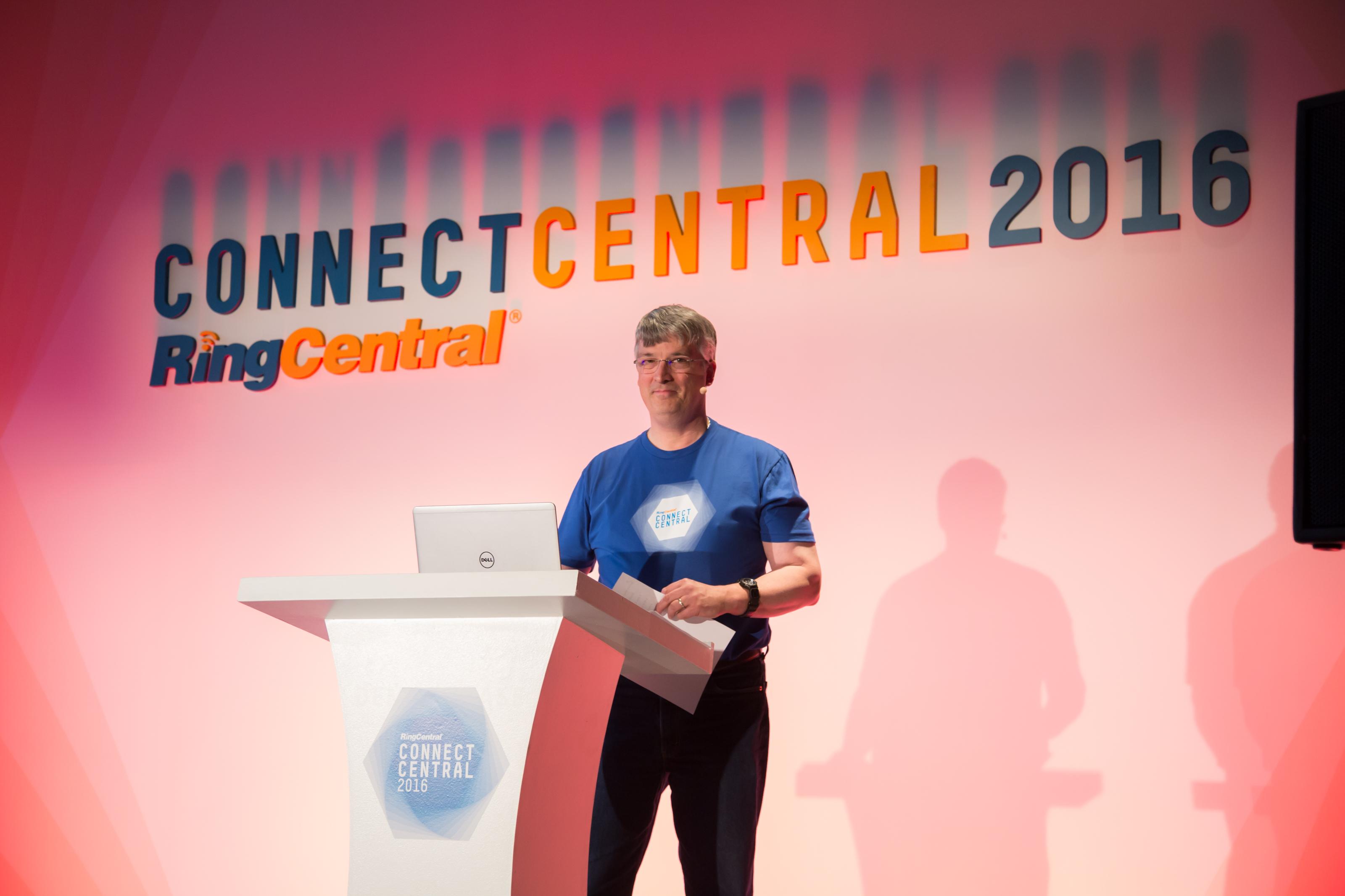 9.12.16_Enterprise_RingCentral_SocialMediaSelects_0014