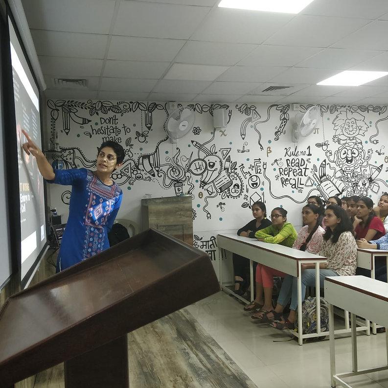 Dr. Deepa Subramanyam.jpg