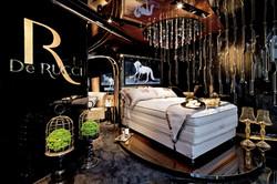 Retail Interior Design for DE RUCCI