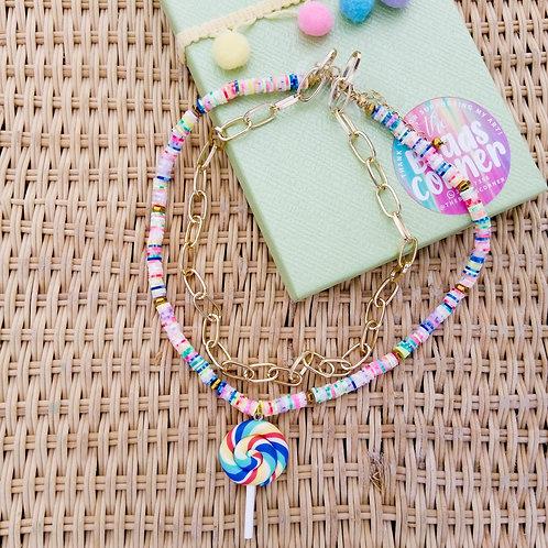 Collar lollipop Heishi beads y dije lollipop de polymer clay hecho a mano+Cadena