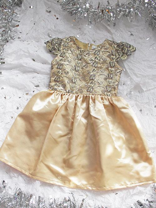 Vestido dorado pechera en razo ytull bordado, falda en razo colores