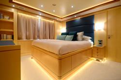 VIP turquoise cabin
