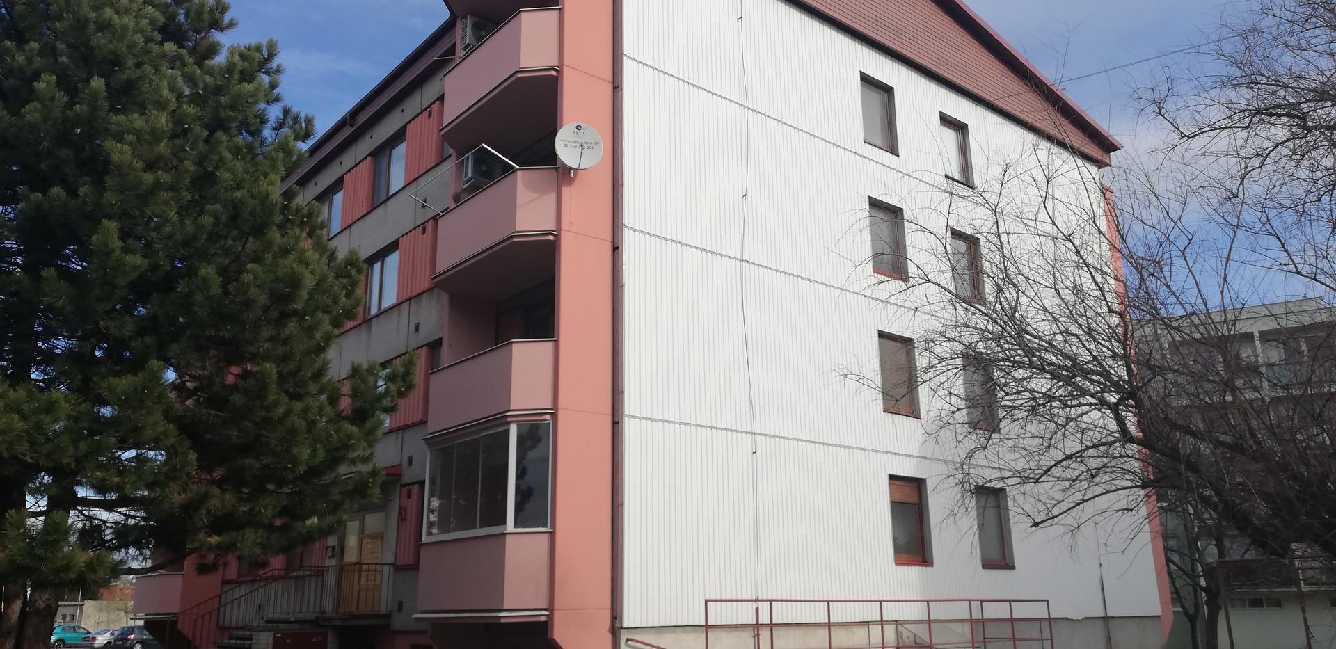 Realizace zateplení bytového domu v Břeclavi.