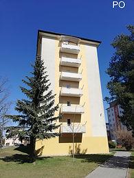 Nahrazení stávajících balkónů novými moderními zavěšenými balkóny