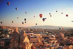hot-air-balloon-flight-comfort_307866110