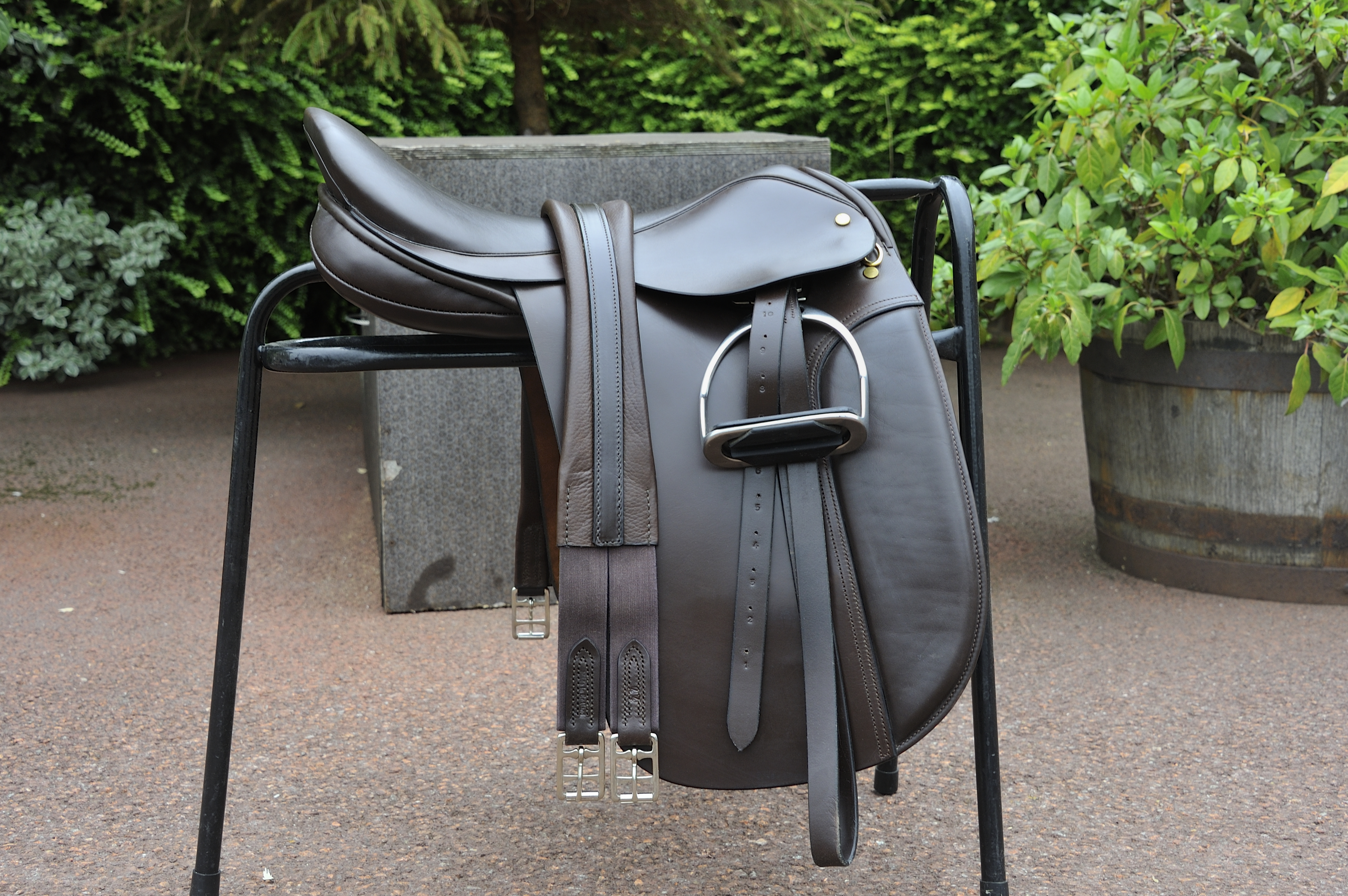 Gift of a Saddle to HM The Queen 201