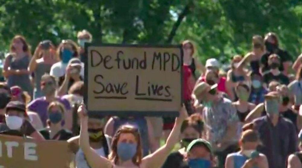 Protest to defund MPD
