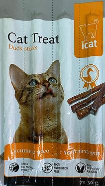 מקלות בטעם ברווז לחתול 4 יח' חטיף איי קט
