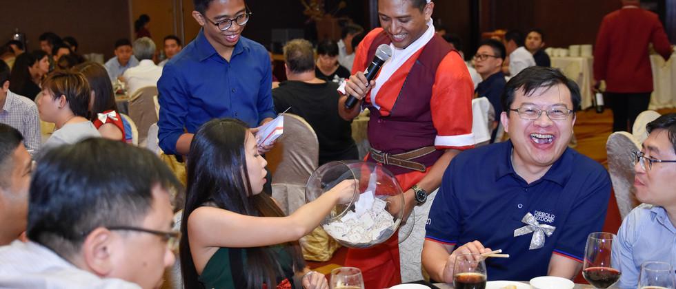 Singapore emcee ram Dinner & Dance