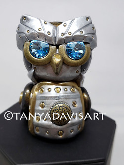 2018 Black and silver steampunk owl