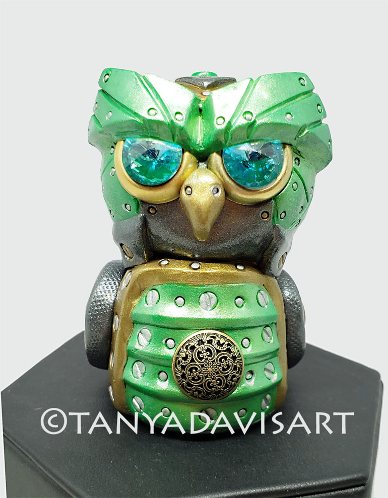 2018-apple green Steampunk owl1