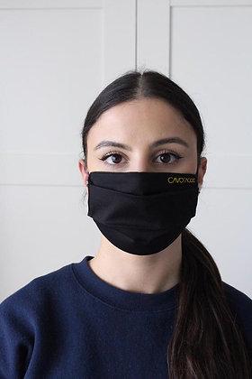 Υφασμάτινη Μαύρη Μάσκα με Κέντημα