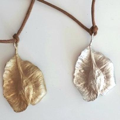 Seed Pod , Silver Medium