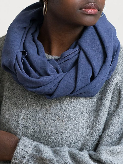 Infinity bamboo snood in Ink
