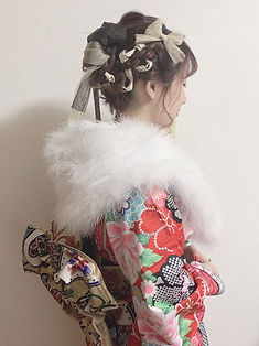 仕立屋甚五郎 振袖なのにひとりで簡単に着れる 着崩れない スタイルアップ効果抜群 衿つき振袖 丸洗いOK