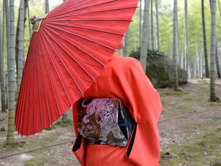 お手持ちの帯を簡単に結べる甚五郎仕立てにできます。