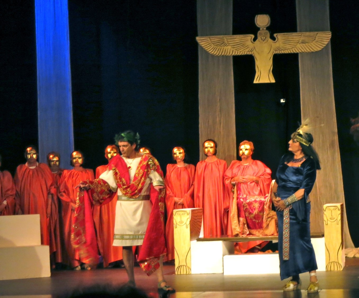 coro griego.jpg