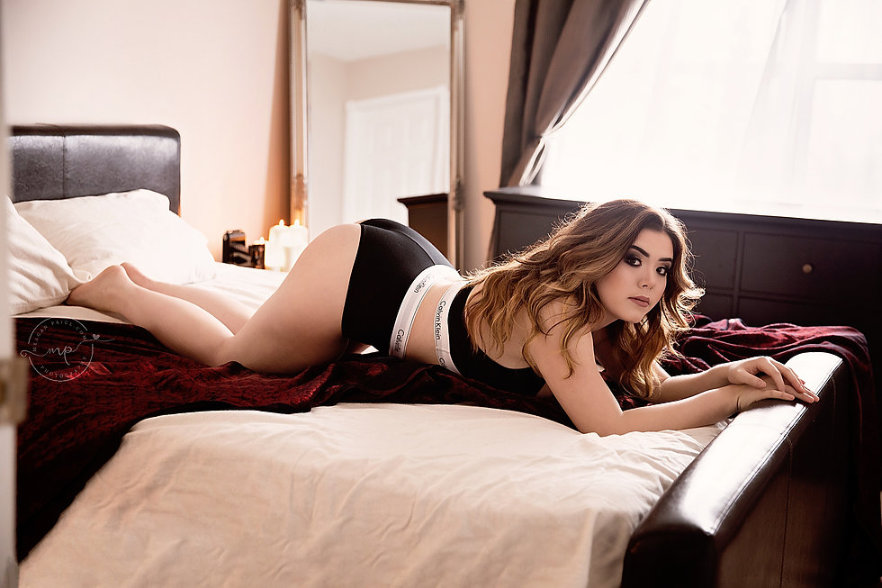 best boudoir photographer banff