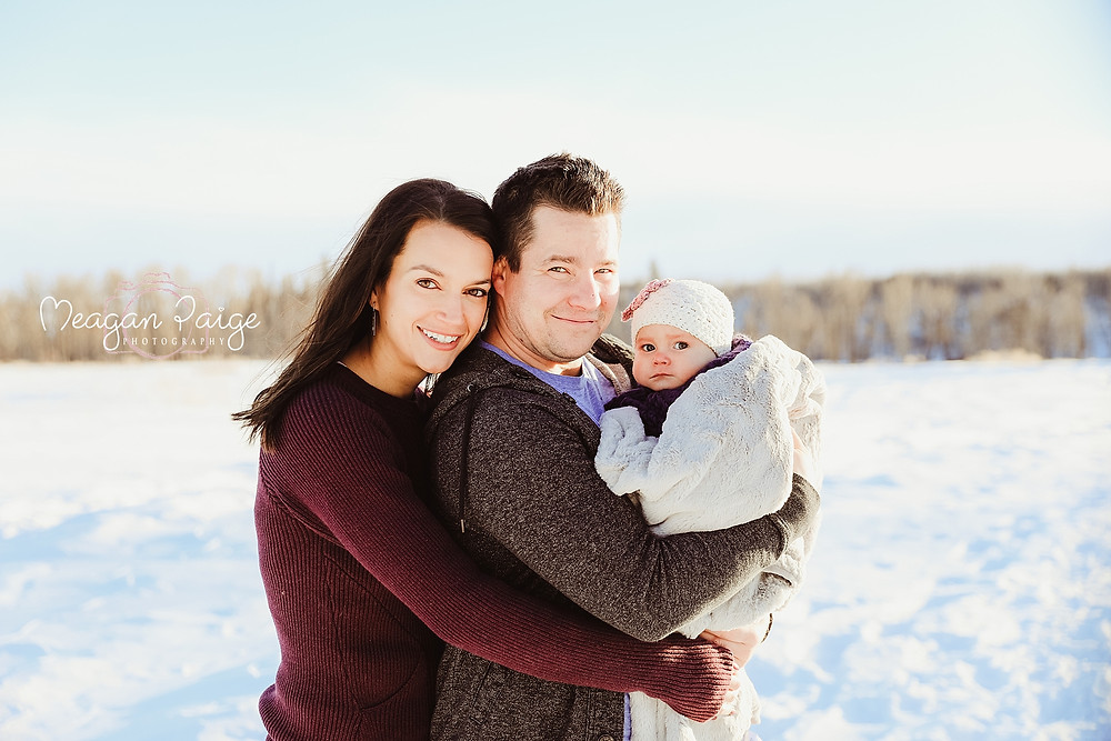 Family Session at Fish Creek Park - Calgary Photographer - Meagan Paige Photography