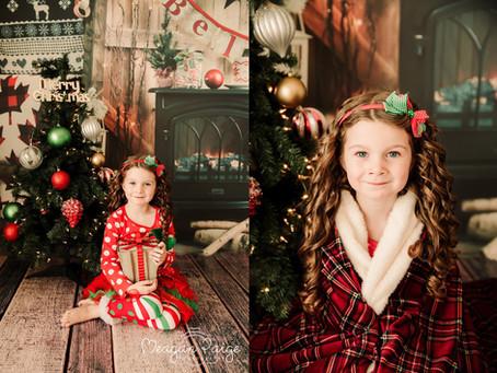 Holiday Christmas Mini Sessions - Calgary Family Photographer