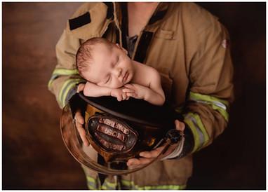 Calgary Newborn Photographer - Meagan Pa