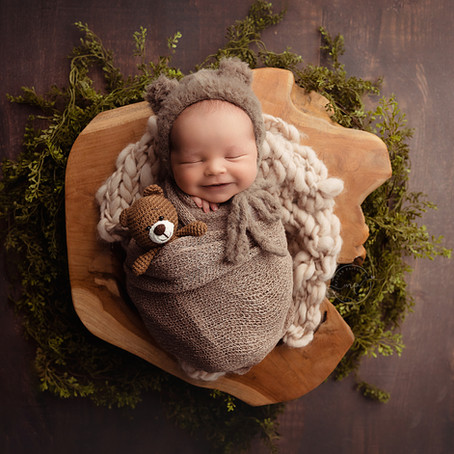 Questions to ask your Newborn Photographer |Calgary Baby Photographer