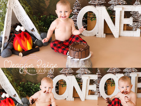 What is a Cake Smash Session? - Meagan Paige Photography - Cake Smash & First Birthday Photograp