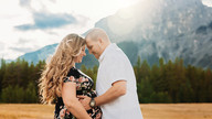Calgary Maternity Photographer | Kelsie's Canmore Session