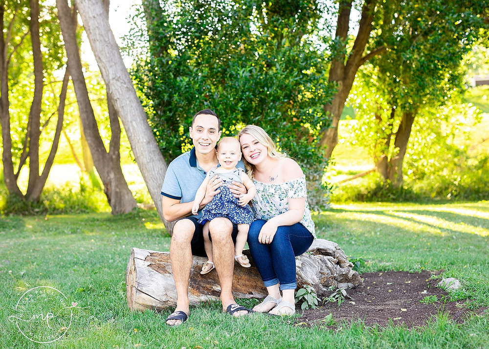 Confederation Park Family Session - Calgary Photographer - Meagan Paige Photography