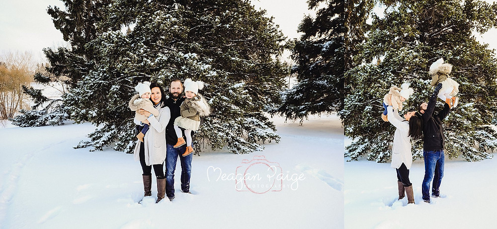 Outdoor Christmas Family Photos