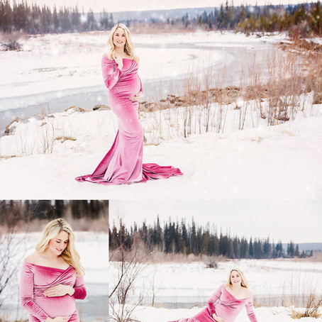Calgary, Alberta Baby Photographer | Tiffany's Maternity and Newborn Bundle