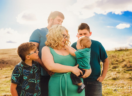 Spring Mini Sessions - Calgary Photographer - Meagan Paige Photography