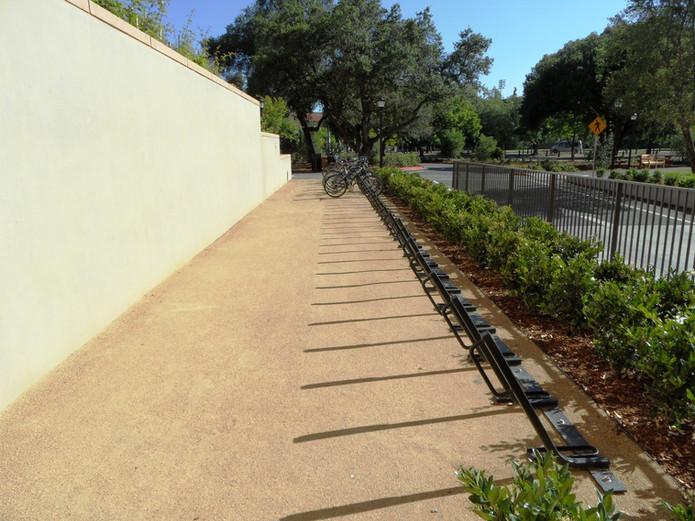 DG bike parking