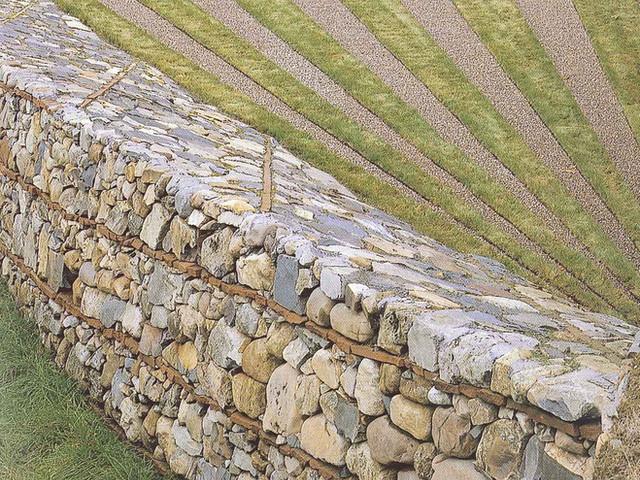 Diagonal lined rock wall